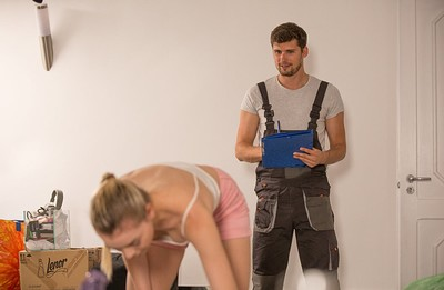 Anny Aurora in Anny Aroura Real Life Moving Day Sex from X Art